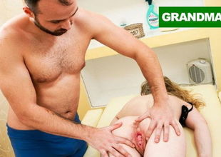 Masseur's First-ever Customer is..